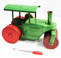 Steam roller machine tin toy